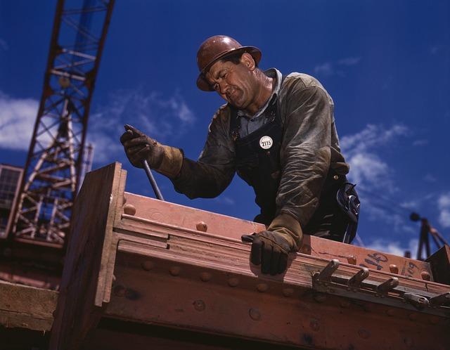 Cursos para obtener la Tarjeta Profesional de la Construcción