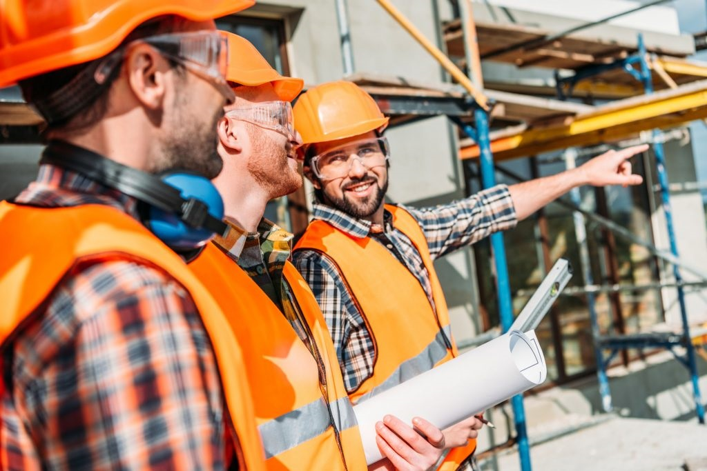 3 riesgos del trabajo en la construcción de los que hay que protegerse